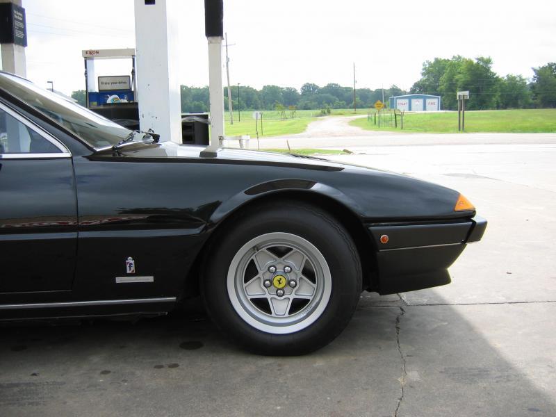 Ferrari 400 Tyre