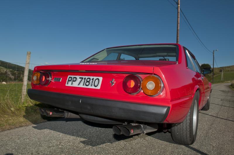 1215/70VR15 Avon CR6ZZ fitted to a Ferrari 400 GT