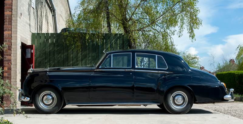 Rolls Royce Silver Cloud with Cross ply tyres